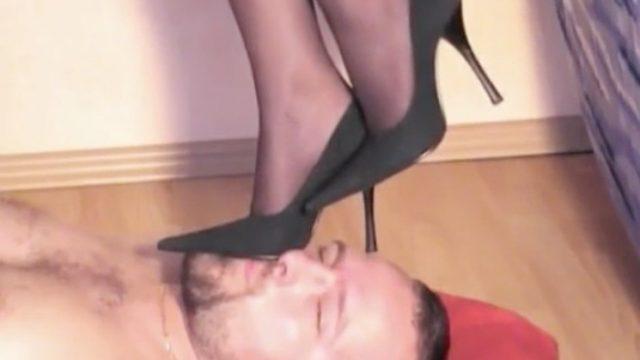 pantyhose heels trample