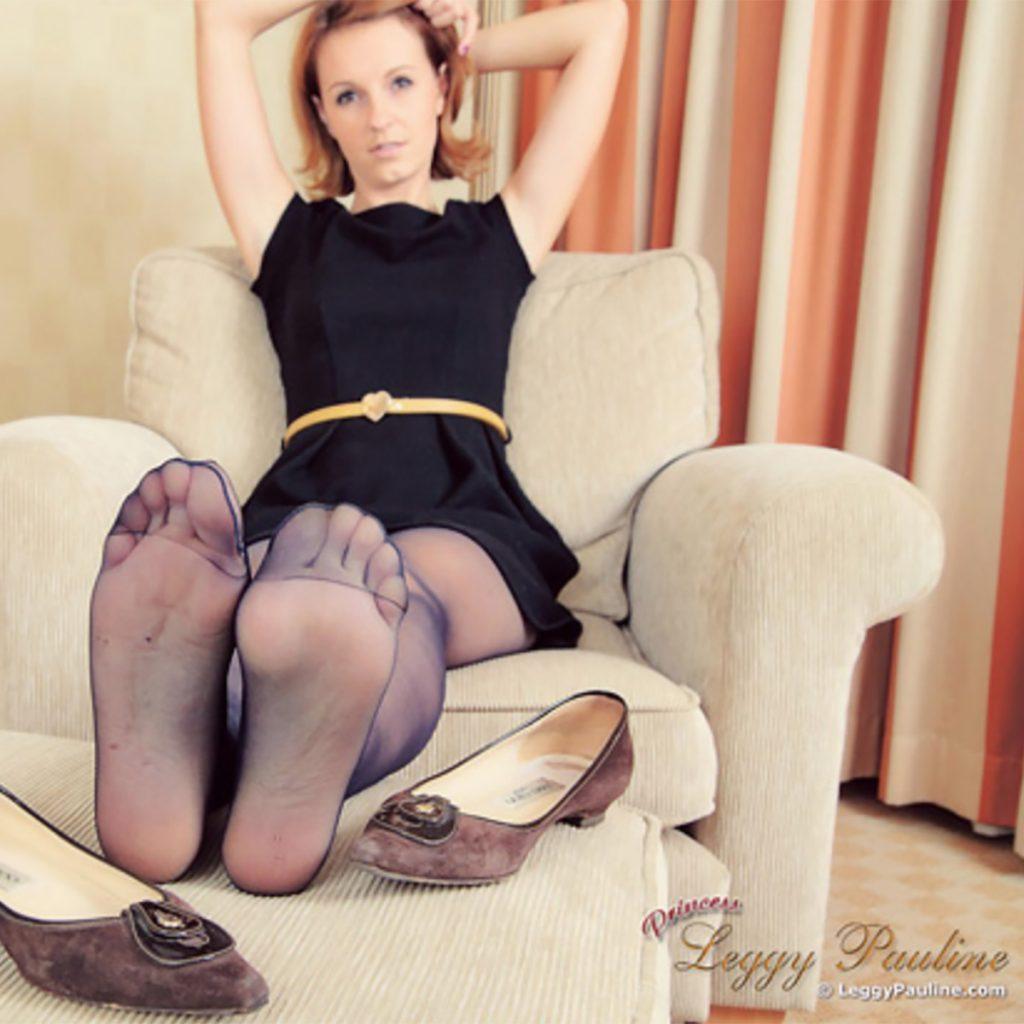 Leggy Pauline